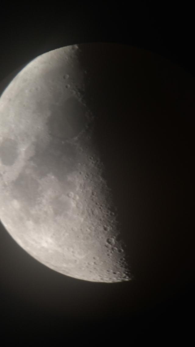 Mond_20141228_00003