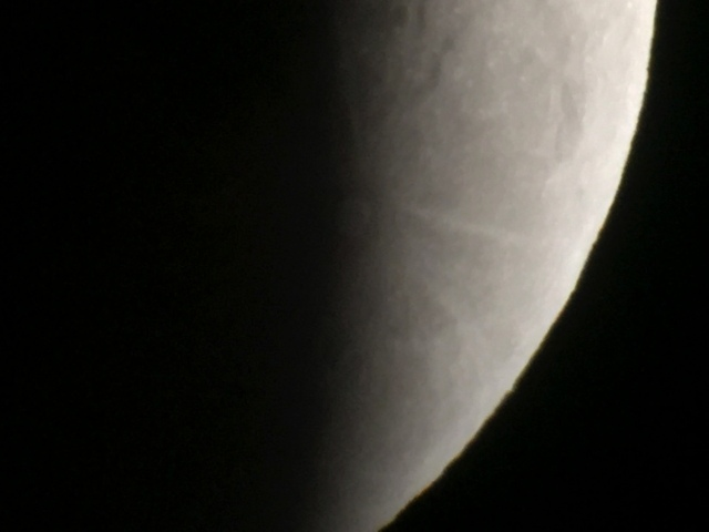 Krater Tycho vergrößert wird sichtbar 00003