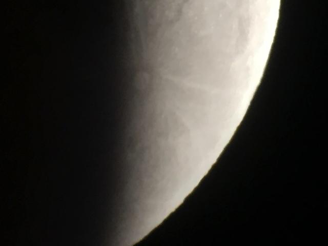 Krater Tycho vergrößert wird sichtbar 00005