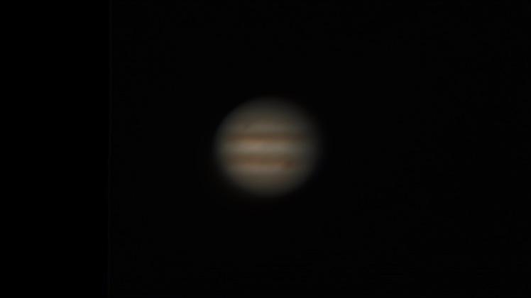 Jupiter, nachbearbeitet mit autostakkert und Giotte, 85-fache Vergrößerung mit 2-fach Digitalzoom; mit Photoshop nachbearbeitet