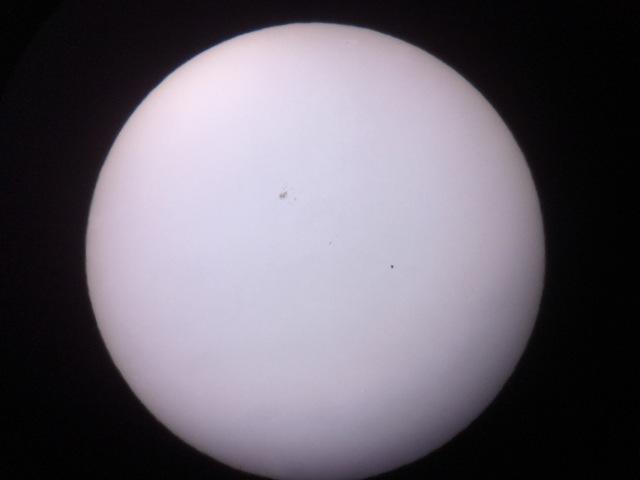 Merkur und Sonnenfleck um 16:31 Uhr