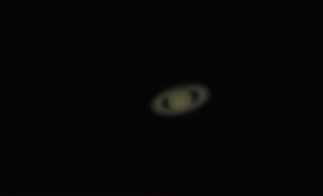Saturn - mit autostakkert bearbeitet - großes Bild