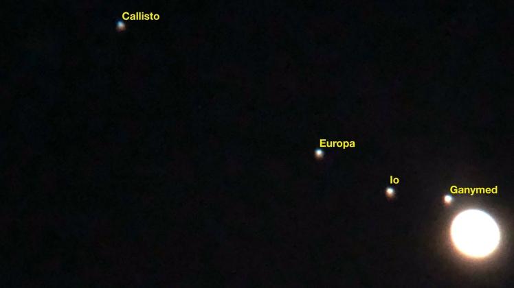 Jupiter mit 4 Monden in der Nacht vom 29.04.18 zum 30.04.18