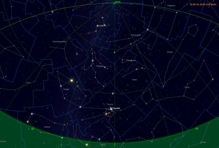 Mond bei den Hyaden